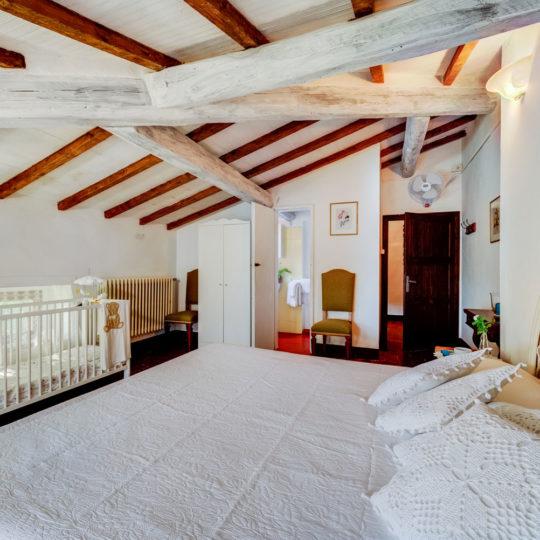 http://www.villalasciolta.it/wp-content/uploads/2016/04/la-sciolta-historic-villa-gambassi-terme-florence-tuscany11-540x540.jpg