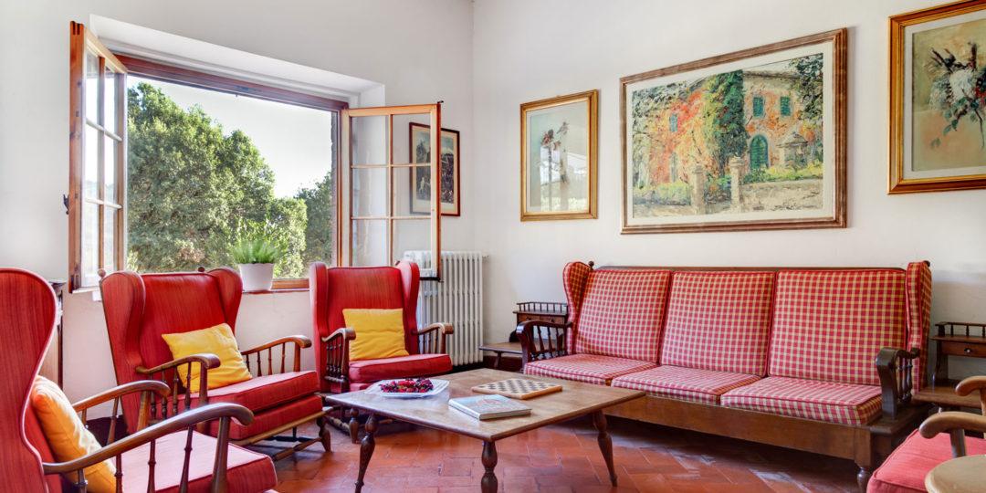 http://www.villalasciolta.it/wp-content/uploads/2016/04/la-sciolta-historic-villa-gambassi-terme-florence-tuscany19-1080x540.jpg