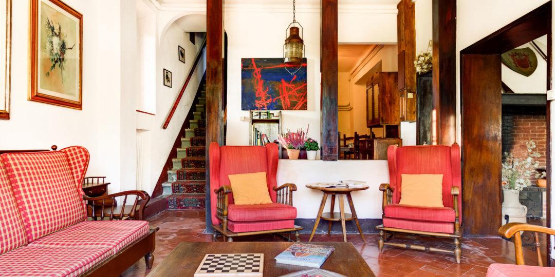 http://www.villalasciolta.it/wp-content/uploads/2016/04/la-sciolta-historic-villa-gambassi-terme-florence-tuscany20-1080x540.jpg