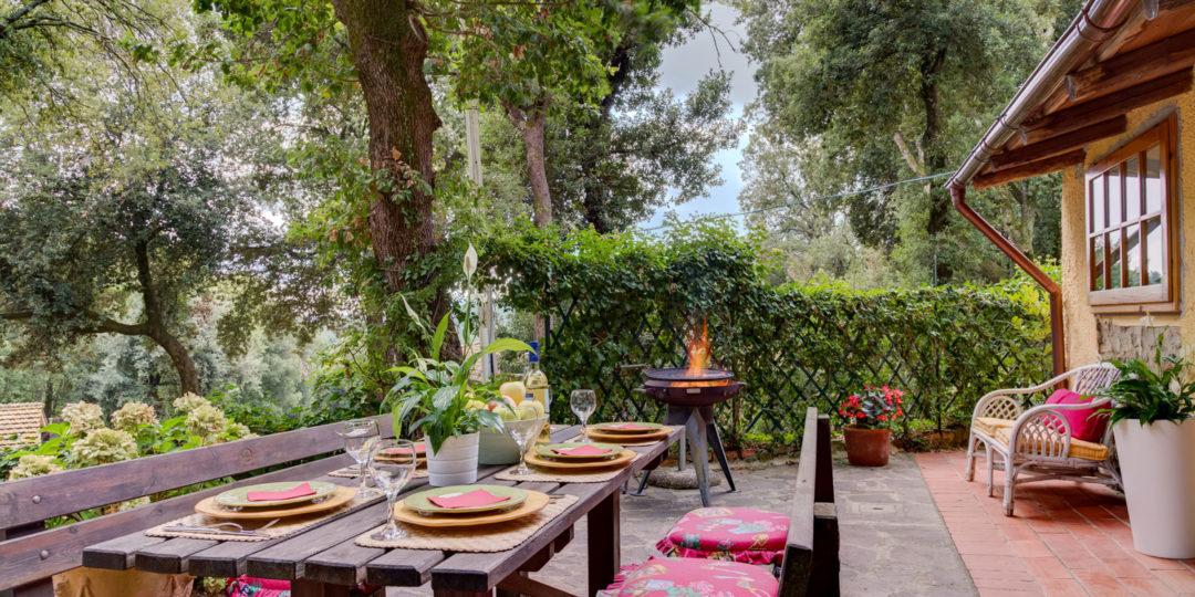 http://www.villalasciolta.it/wp-content/uploads/2016/12/la-sciolta-historic-villa-cottage-querce-gambassi-terme-florence-tuscany13-1080x540.jpg