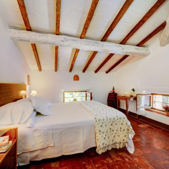 https://www.villalasciolta.it/wp-content/uploads/2016/04/la-sciolta-historic-villa-gambassi-terme-florence-tuscany16-540x540.jpg