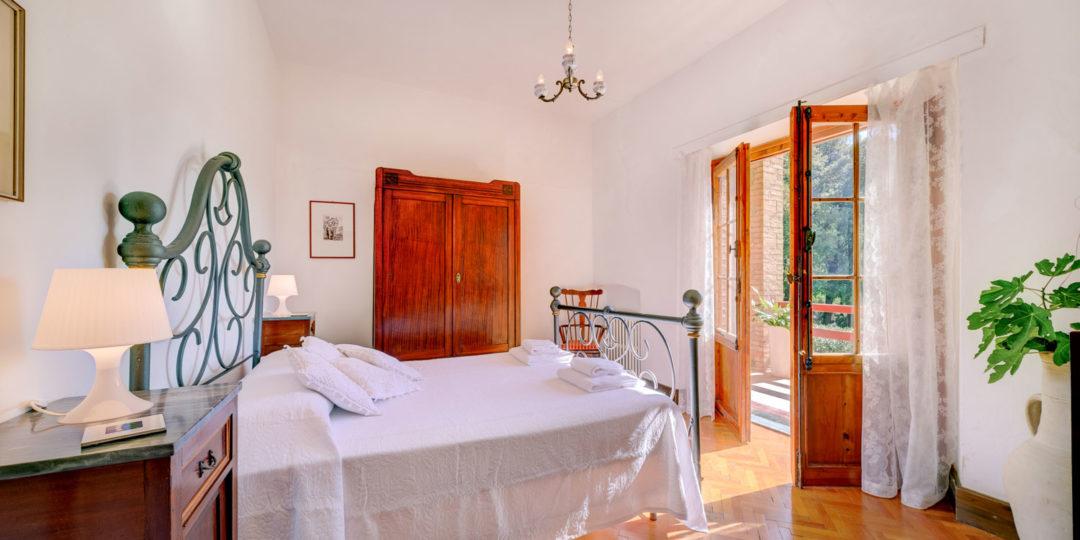https://www.villalasciolta.it/wp-content/uploads/2016/04/la-sciolta-historic-villa-gambassi-terme-florence-tuscany4-1080x540.jpg
