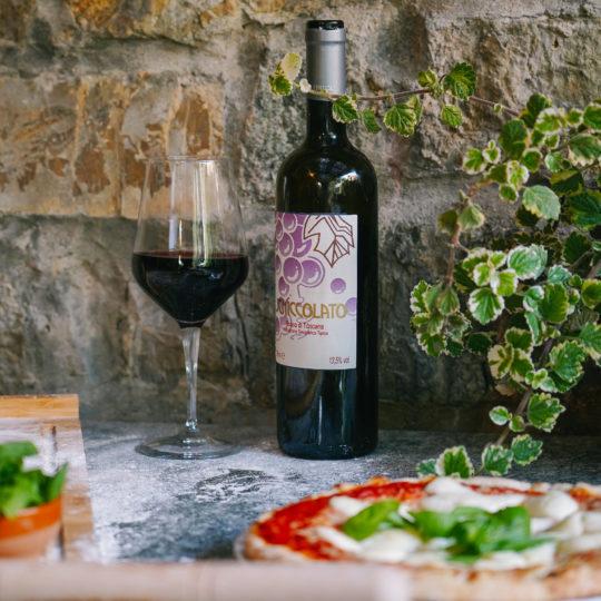 https://www.villalasciolta.it/wp-content/uploads/2019/12/villa-la-sciolta-gambassi-pizza-540x540.jpg